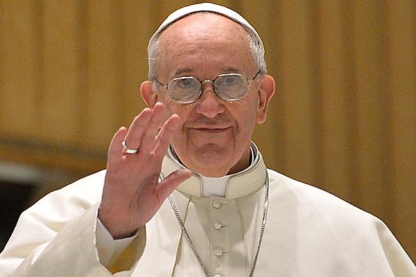 Napisz Krótki życiorys Obecnego Papieża Franciszka Jego